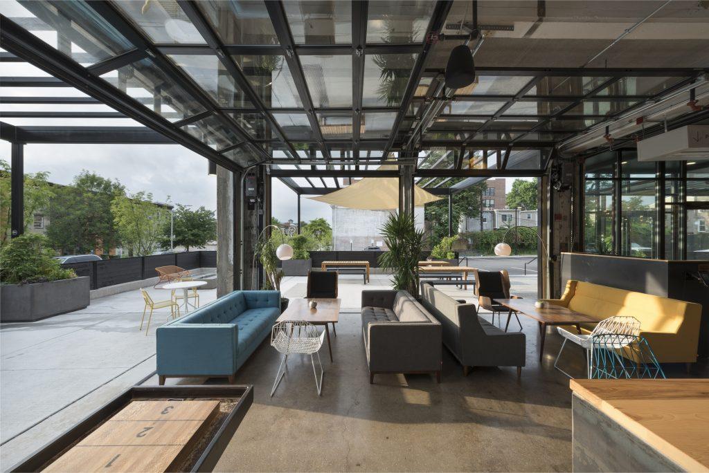 05-r-house-lounge-2